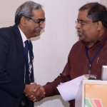 Dr Shivakumar Iyer (lieft), Presdient, ISCCM, with Dr Nagesh Simha, President, IAPC